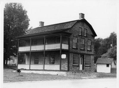 LH0322 Robinson House