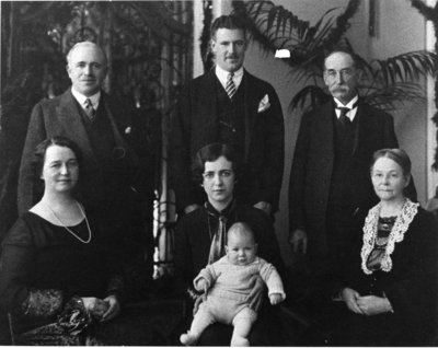 LH0393 McLaughlin Family