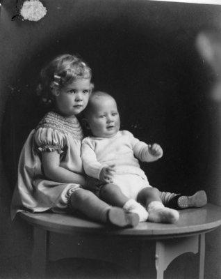 LH0422 McLaughlin Grandchildren