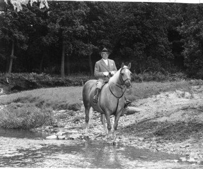 LH0541 McLaughlin, R.S. On a horse