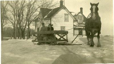 LH1113 Vehicles - Snowmobile