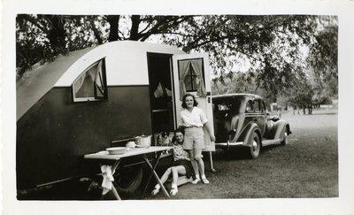 LH1137 Hobbies- Camping