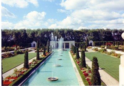 LH1204 Parkwood Estate - Pool & Garden
