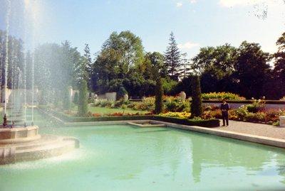 LH1210 Gardens- Parkwood - pools - McLaughlin