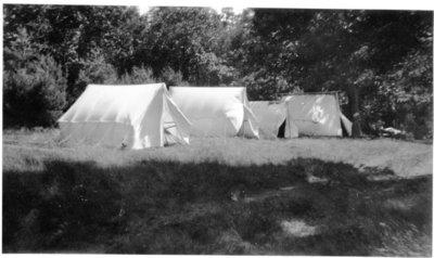 LH1264 Hobbies - Camping - Morphy