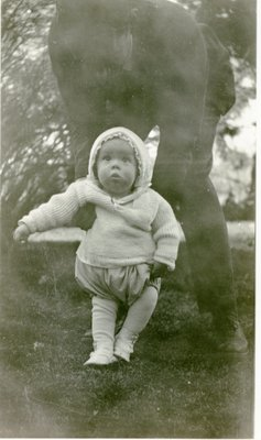 LH1326 J. Denys Morphy as an infant, standing