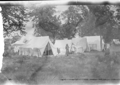LH1383 Hobbies- Camping