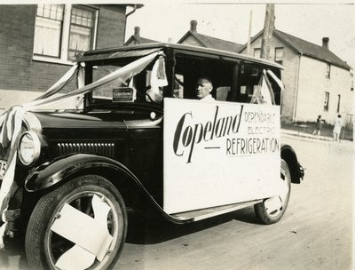 LH2863 Chapman's Auto Parade - Copeland Dependable Electric Refrigerator