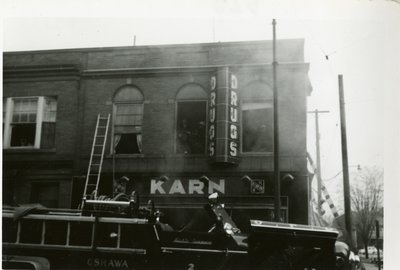 LH2840 Karn's Drugs fire - view of upper floor