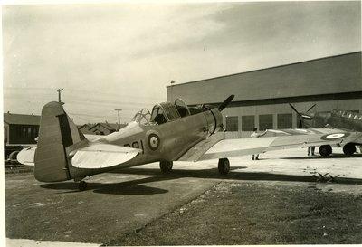 LH2705 Aeroplane - Parked (1)