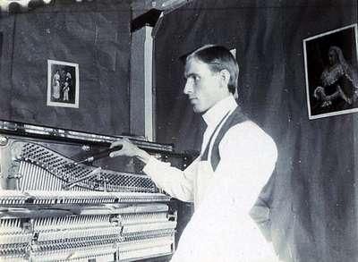 "LH0865 ""R. Johns"" Finishing a Piano"