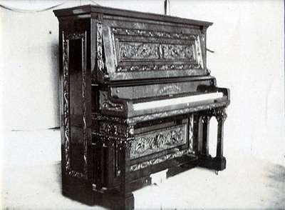 """LH0890 """"Williams Piano"""""""