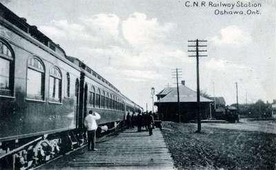 LH1056 C.N.R. Railway - Station