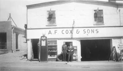 LH1531 A.F. Cox & Sons Garage