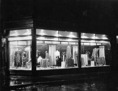 LH1606 Ward & Dewland Storefront (2)