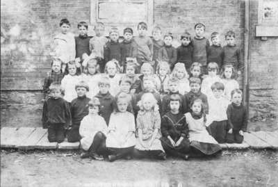 LH1888 Thorton's Corners School
