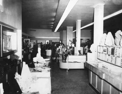 LH1671 Ward's Dry Goods Store Interior (3)