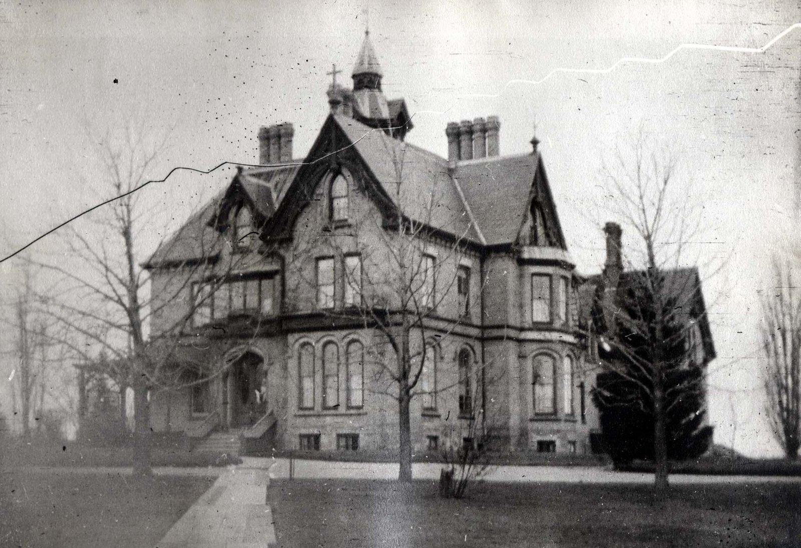 LH1093 Ellesmere Hall