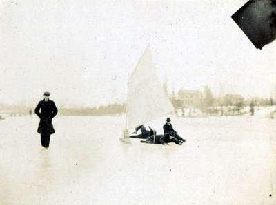 LH0995 Ice Boating