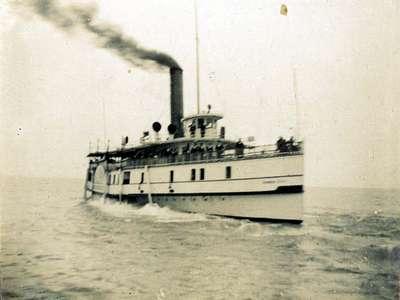 LH1013 Garden City - Steam Ship