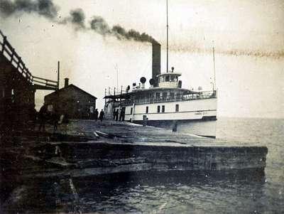 LH1014 Steam Ship - Garden City (2)