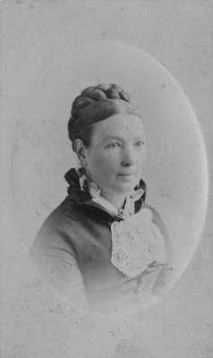 LH1360 Morphy, Mrs. John (2)