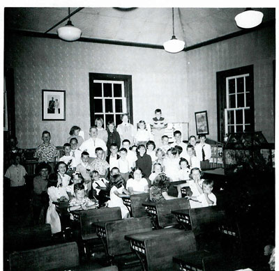 SS#7 Humphrey-Rosseau, picture taken in Junior Room - SS0060