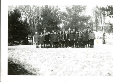 SS#7 - Humphrey-Rosseau - School group in winter - SS0022