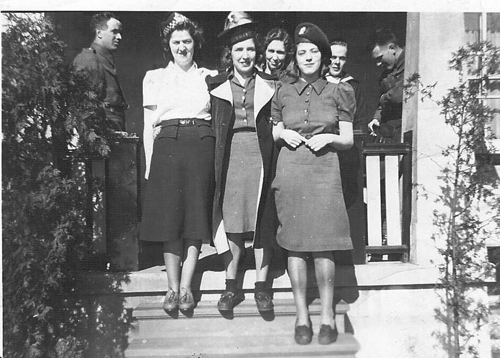 Laura Nadine Hunziger, Thelma Earnshaw, & Marian Kathleen Kosowan, in 1940. Courtesy the Rosseau Historical Society.