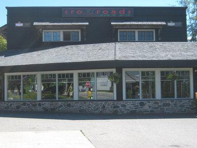 RI0168 - #2 Cardwell Road - Crossroads Bar & Grill