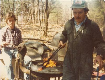 RI0187 - lt to rt - Get name Fraser & Dan Fraser - sharpen stone hammers - 1981 - get location