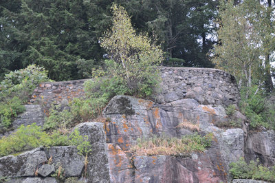 """Stonemasonry - Stone Wall in front of """"Ferncliffe"""", Lake Rosseau - built in the 1890s by Joseph Beaumont - RI0190"""