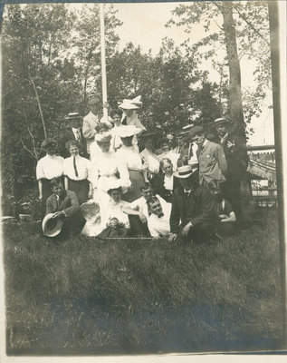 Nurses and staff at Fettercairn Island
