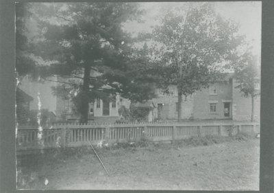 Denaut Mansion, Delta, Ontario