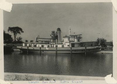 Rideau Canal Boat: Loretta