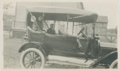 Car in Elgin