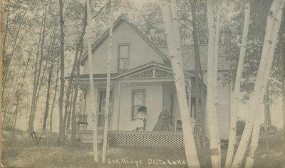Oak Ridge Cottage on Lower Beverley Lake