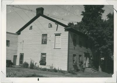 Benjamin Tett House