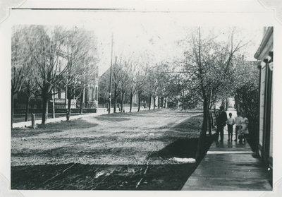 Newboro, Drummond Street
