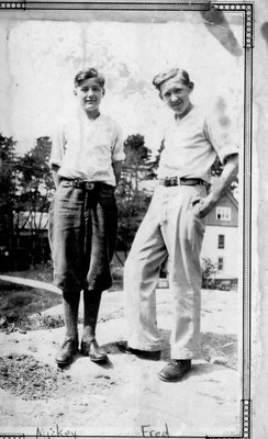 Mickey (1916-1972) and Fred Alford (1914-1969)at Chaffey's Lock c.1930