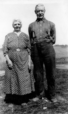 Everett Teeple and his wife Margaret Knapp Teeple c.1935