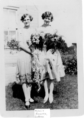 Florence Teeple (1910- ) and her sister  Helen c.1930