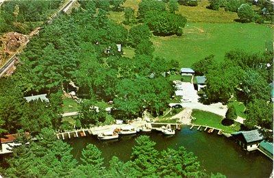 Alford's Esso Marina Chaffey's Lock 1964