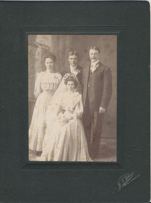Ethel Thompson and Harold Mooney wedding 1907 Portage la Prairie,MANITOBA