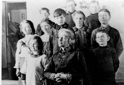 Fannie Beale with students at Ballantyne School SS#3 South Elmsley in 1916