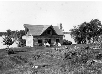 Coon cabin transformed into a summer home by William L. McLaren in 1901