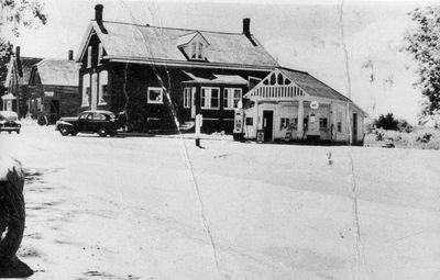 Hogan's grocery store and gas bar in Lombardy, Ontario c.1950
