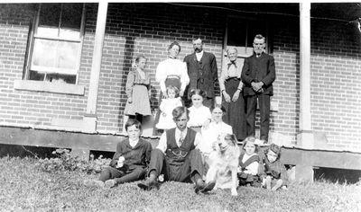 Wood family at Lakeside Farm near Bass Lake c.1905