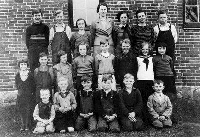 Lombardy public school class SS#6 in 1934