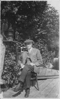 Dr. C.B. Farrar